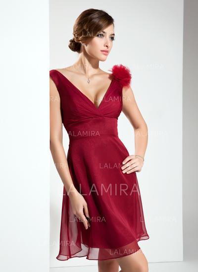 A-Line/Princess Chiffon Bridesmaid Dresses Flower(s) V-neck Sleeveless Short/Mini (007004209)
