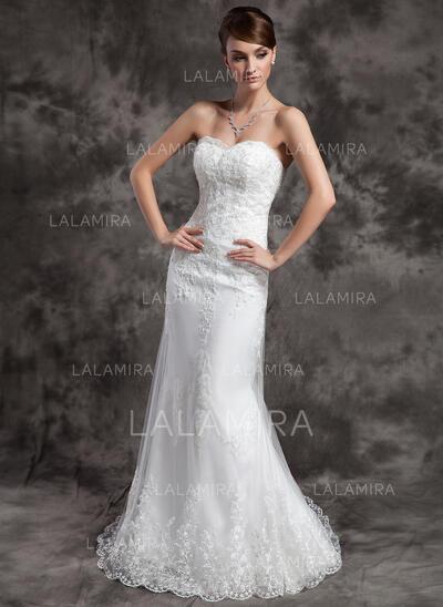 Forme Sirène/Trompette Amoureux Traîne moyenne Tulle Robe de mariée avec Dentelle Brodé (002015010)