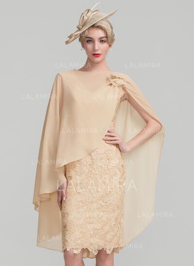 Forme Fourreau Col V Longueur genou Dentelle Robe de mère de la mariée (008107674)