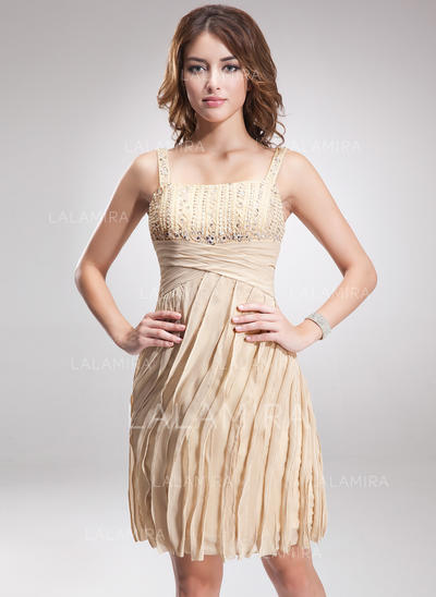Sheath/Column Knee-Length Chiffon Cocktail Dresses With Ruffle Beading Sequins (016008291)
