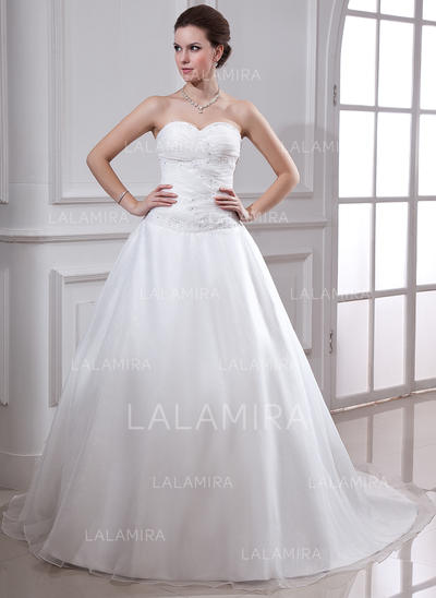 Ball-Gown Sweetheart Chapel Train Wedding Dresses With Ruffle Beading (002001638)