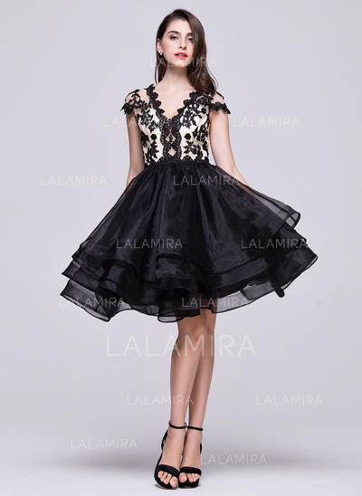 A-Line/Princess V-neck Knee-Length Organza Homecoming Dresses With Beading Appliques Lace Sequins (022214058)