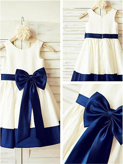 Scoop Neck A-Line/Princess Flower Girl Dresses Satin Bow(s) Sleeveless Knee-length (010211872)