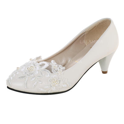 Women's Closed Toe Pumps Kitten Heel Patent Leather With Imitation Pearl Applique Wedding Shoes (047207243)