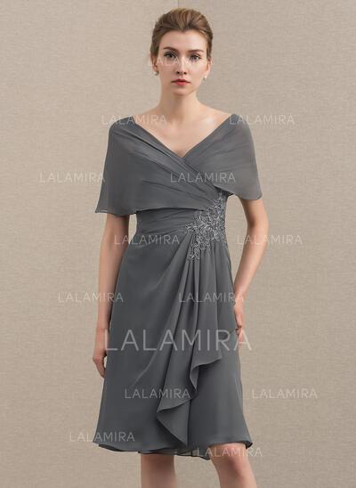 Forme Princesse Hors-la-épaule Longueur genou Mousseline Robe de mère de la mariée avec Motifs appliqués Dentelle Robe à volants (008152163)