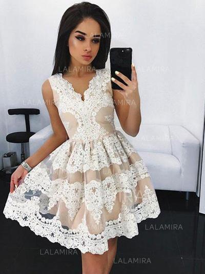 A-Line/Princess Short/Mini Homecoming Dresses V-neck Lace Sleeveless (022212408)