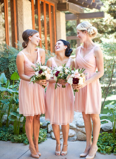 A-Line/Princess Chiffon Bridesmaid Dresses Ruffle V-neck Sleeveless Knee-Length (007145173)