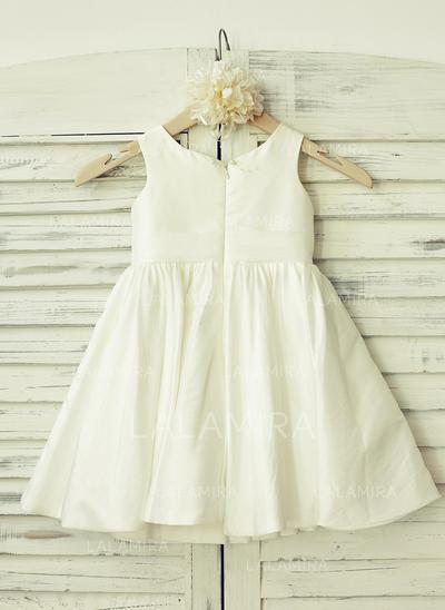 Delicate Scoop Neck A-Line/Princess Flower Girl Dresses Knee-length Taffeta Sleeveless (010210167)