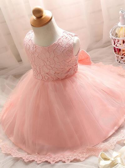Flattering Scoop Neck Ball Gown Flower Girl Dresses Knee-length Tulle/Lace Sleeveless (010146812)