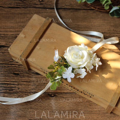 Wrist Corsage/Boutonniere Wedding/Party Silk linen Lovely With Ribbon Wedding Flowers (123189868)