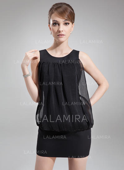 Sheath/Column Scoop Neck Short/Mini Chiffon Cocktail Dresses With Ruffle (016008690)