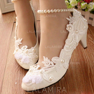 Women's Closed Toe Pumps Low Heel Leatherette With Imitation Pearl Stitching Lace Flower Lace-up Chain Wedding Shoes (047207452)