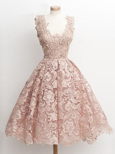 Simple Lace Homecoming Dresses A-Line/Princess Knee-Length V-neck Sleeveless (022217549)