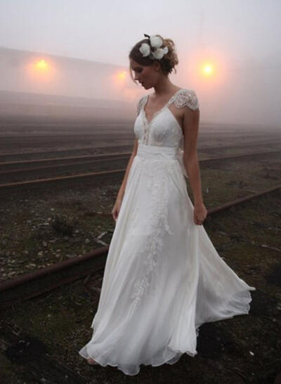 A-Line/Princess V-neck Court Train Chiffon Wedding Dresses (002144853)
