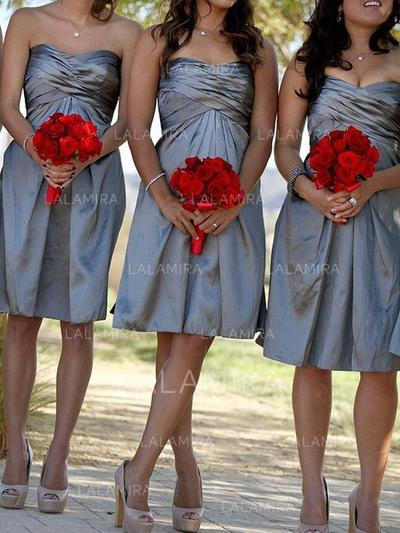 A-Line/Princess Knee-Length Sweetheart Sleeveless Taffeta Bridesmaid Dresses (007212232)
