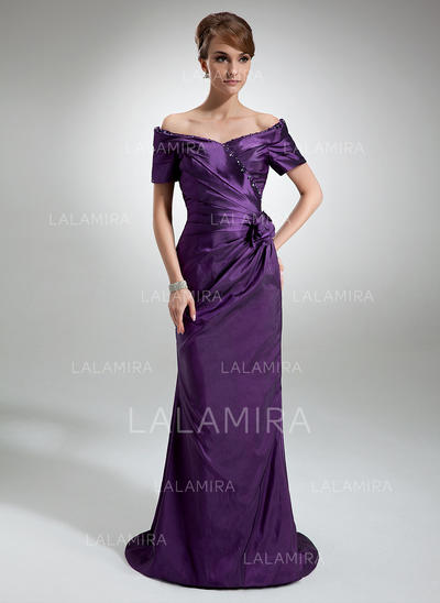 Sheath/Column Taffeta Short Sleeves Off-the-Shoulder Sweep Train Zipper Up Mother of the Bride Dresses (008006321)