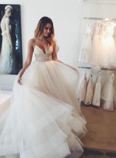 Empire Tulle Sleeveless Deep V Neck Court Train Wedding Dresses (002146239)