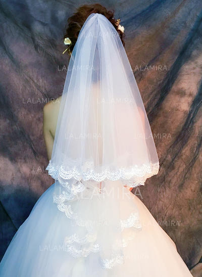 Fingertip Bridal Veils Tulle/Lace One-tier Classic With Lace Applique Edge Wedding Veils (006152340)