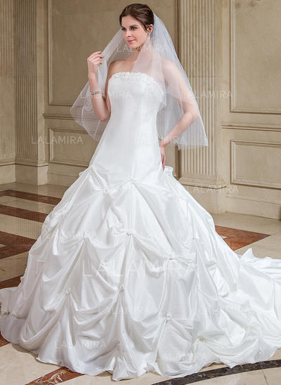 Ball-Gown Taffeta Sleeveless Strapless Cathedral Train Wedding Dresses (002000504)