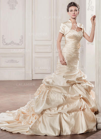 Strapless Sleeveless Sweetheart With Satin Wedding Dresses (002210583)