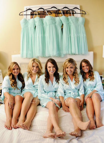 A-Line/Princess Sweetheart Knee-Length Bridesmaid Dresses With Ruffle (007212231)