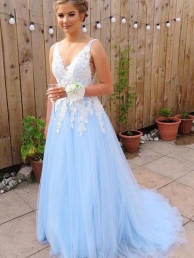 A-Line/Princess V-neck Sweep Train Prom Dresses With Appliques (018218668)
