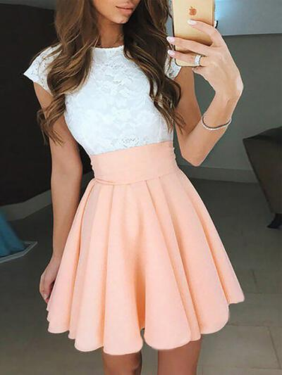 A-Line/Princess Scoop Neck Short/Mini Chiffon Homecoming Dresses With Ruffle (022212382)