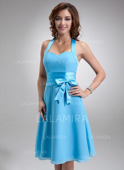 A-Line/Princess Halter Knee-Length Chiffon Bridesmaid Dress With Ruffle Bow(s) (007000937)