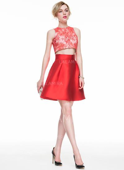 Glamuroso Corte A/Princesa Escote redondo con Baile de promoción (016083918)