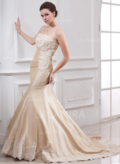 Trumpet/Mermaid Strapless Court Train Wedding Dresses With Ruffle Lace Beading (002000059)