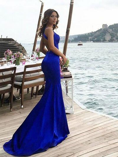 Halter Sheath/Column With Satin Prom Dresses