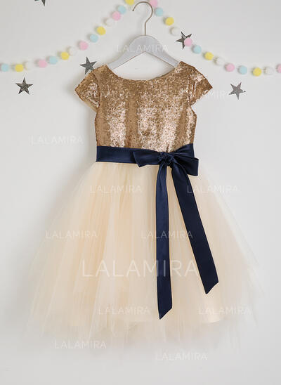 A-Line Knee-length Flower Girl Dress - Tulle/Sequined Short Sleeves Scoop Neck With Sash (Detachable sash) (010207231)