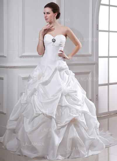 Taffeta Strapless Chapel Train Fashion Wedding Dresses (002001719)