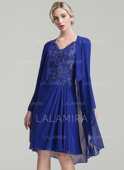 Forme Princesse Col V Longueur genou Mousseline Robe de mère de la mariée avec Plissé Brodé (008091947)
