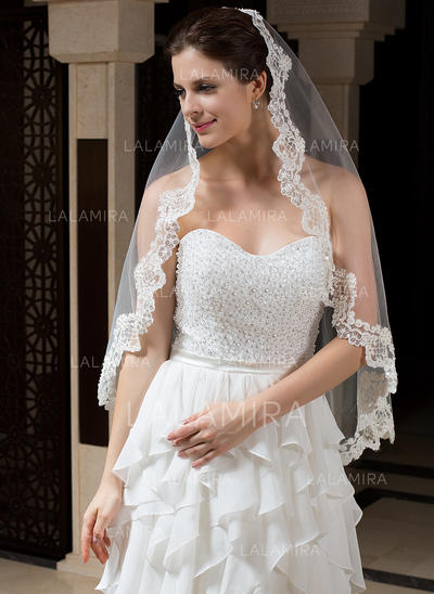 Fingertip Bridal Veils Tulle One-tier Oval/Mantilla With Lace Applique Edge Wedding Veils (006151453)