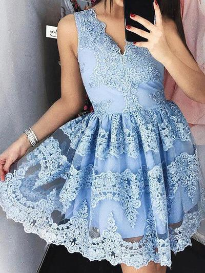 V-neck A-Line/Princess Lace Luxurious Homecoming Dresses (022212413)