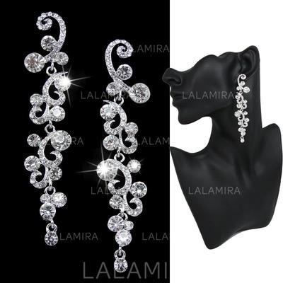 Earrings Alloy/Rhinestones Pierced Ladies' Pretty Wedding & Party Jewelry (011167910)