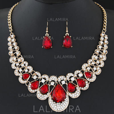 Jewelry Sets Alloy/Rhinestones Pierced Ladies' Shining Wedding & Party Jewelry (011167441)