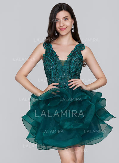 A-Line/Princess V-neck Short/Mini Organza Homecoming Dresses With Sequins (022214147)