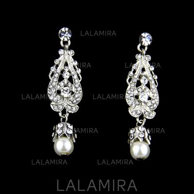 Earrings Alloy/Rhinestones/Imitation Pearls Rhinestone/Imitation Pearls Pierced Ladies' Wedding & Party Jewelry (011167467)