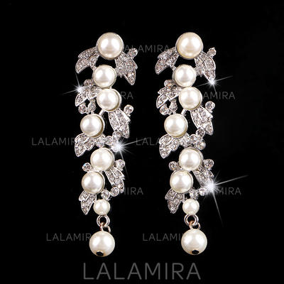 Earrings Alloy/Rhinestones Pierced Ladies' Beautiful Wedding & Party Jewelry (011167244)