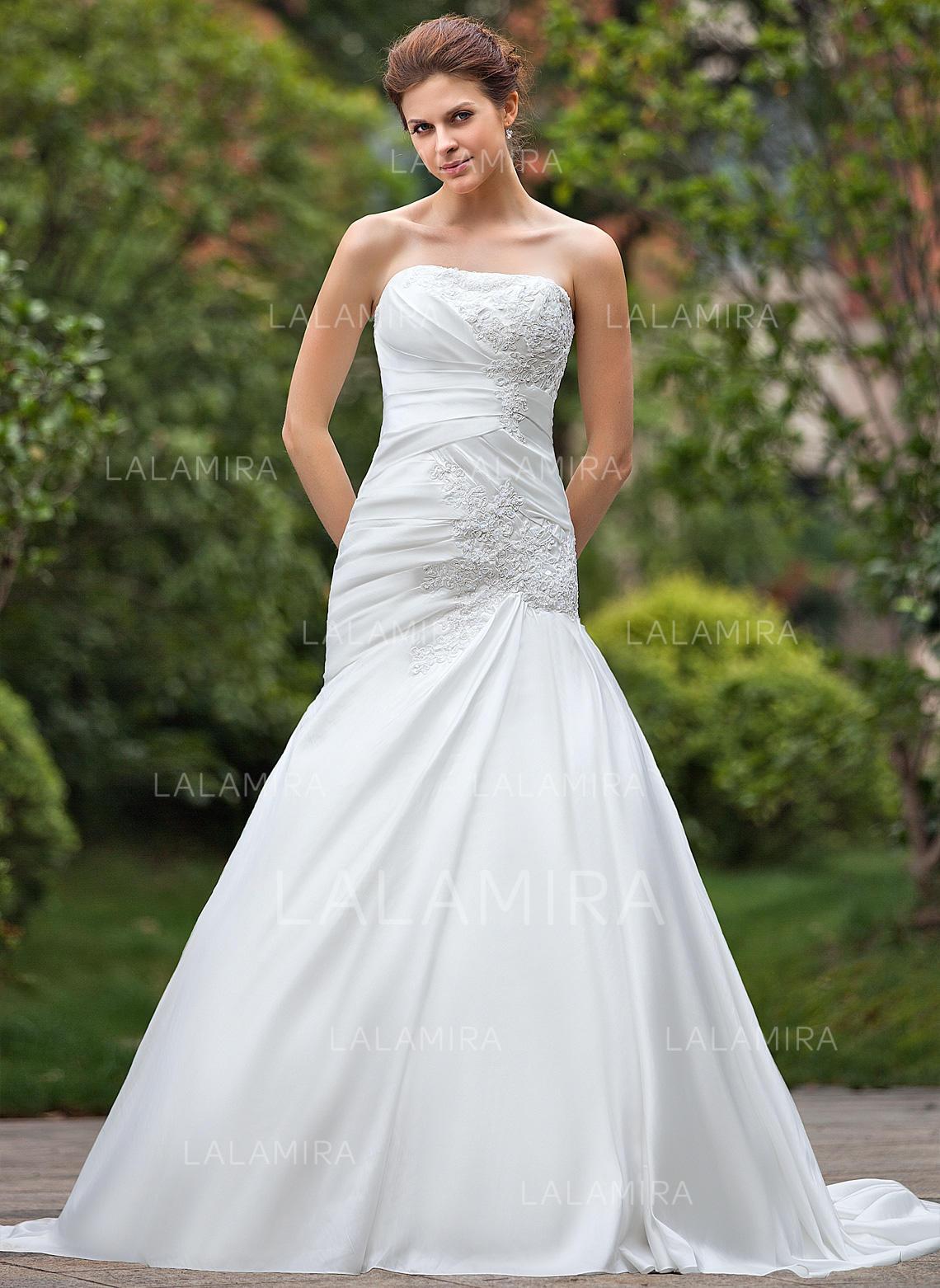 A-Line/Princess Chapel Train Wedding Dresses With Ruffle Beading ...