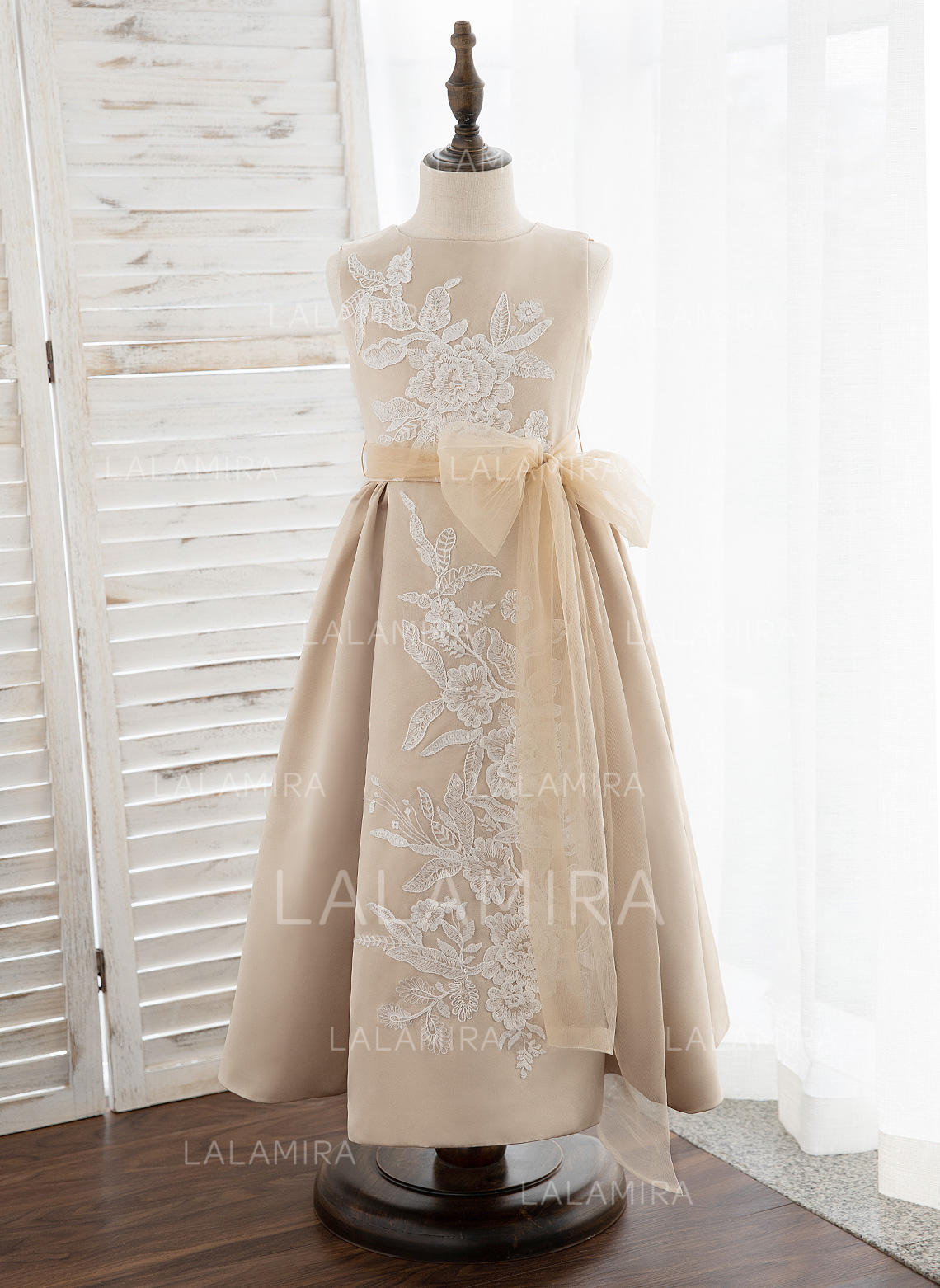 c8a6215c639 A-Line Tea-length Flower Girl Dress - Satin Tulle Lace Sleeveless. Loading  zoom