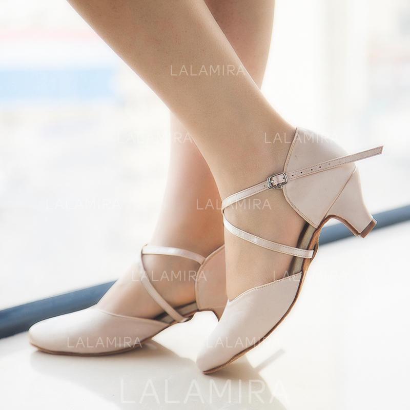De mujer Sala de Baile Tacones Salón Satén Zapatos de danza (053115977).  Loading zoom. Cargando c034d31962cc