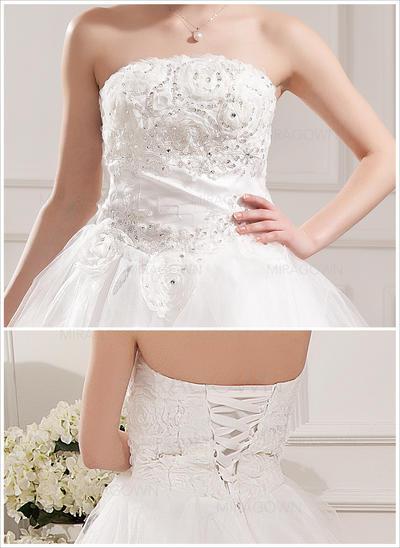 robes de mariée noir et blanc 2021