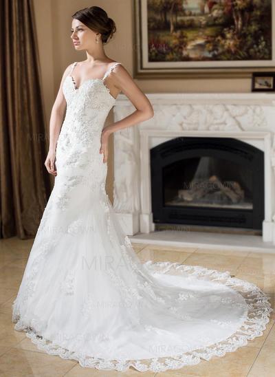 robes de mariée ajustées et ajustées