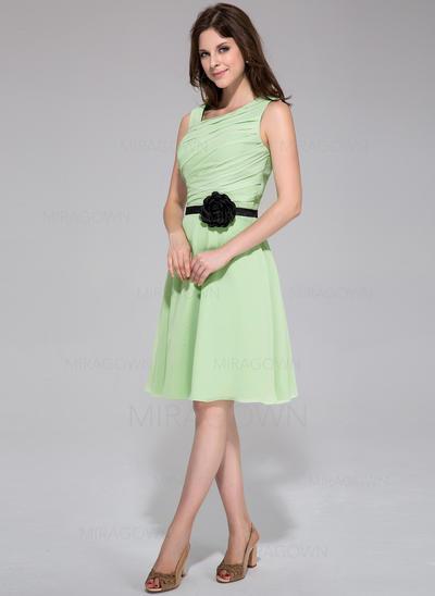 Forme Princesse Mousseline Robes demoiselle d'honneur Plissé Ceintures Fleur(s) Sans manches Longueur genou (007198071)