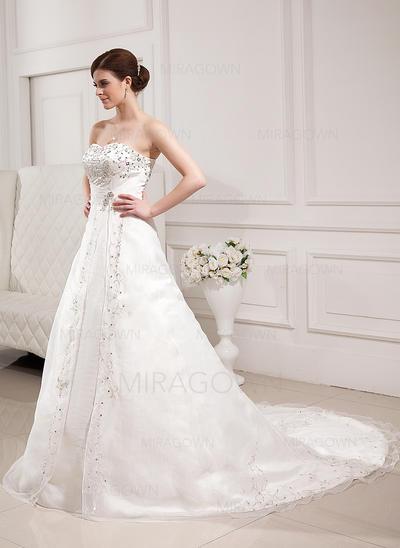 montrez-moi des photos de robes de mariée