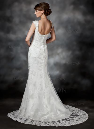 grosse mère des robes de mariée
