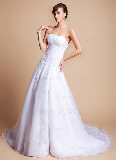 bronze mère des robes de mariée
